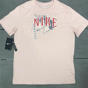 New with tag Girls Nike unicorn boxy tee pink xl